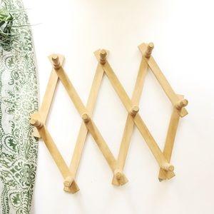 Vintage Wooden Accordian Rack Peg Hanging